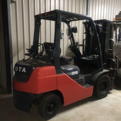 Toyota 32-8FG25 Forklifts For Sale