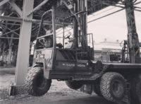 how to choose the right forklift tyre