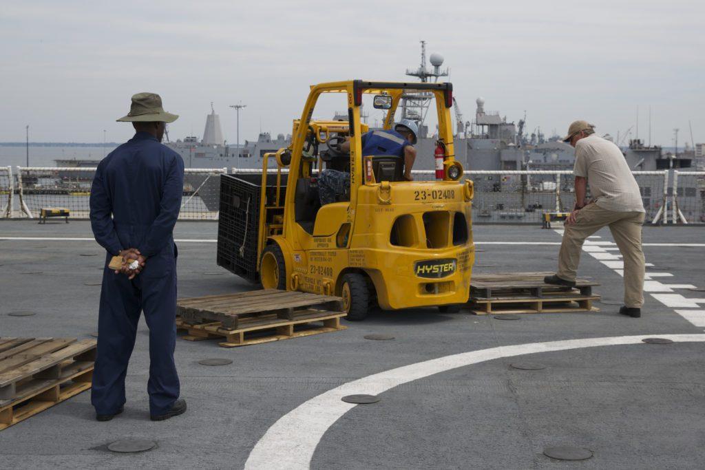 sealift-us-navy-forklift-training